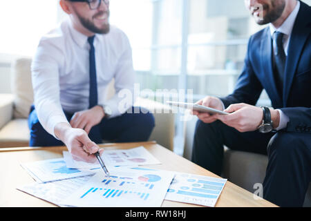 Discussion by workplace - Stock Image