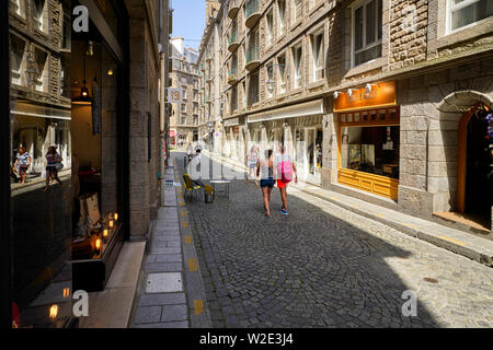 A typical street within the walled city of  St Malo, Brittany, France - Stock Image