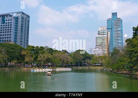 Lake, Lumphini Park, Pathum Wan district, Bangkok, Thailand - Stock Image