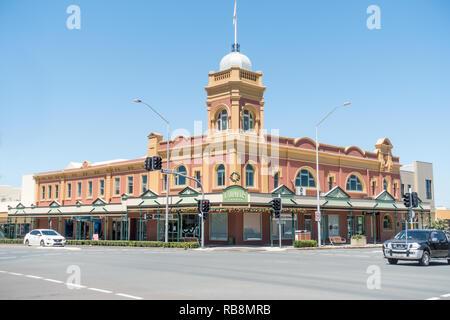 Campbells Corner building. cnr Brook and Bridge streets Muswellbrook NSW Australia. 26 Dec 2018. - Stock Image