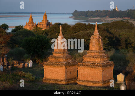 Sunset on the Irrawaddy River, Bagan, Myanmar - Stock Image
