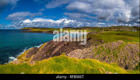 Spectacular Sandy Clachtoll Beach And Clachtoll Beach Campsite Near Lochinver In Scotland - Stock Image