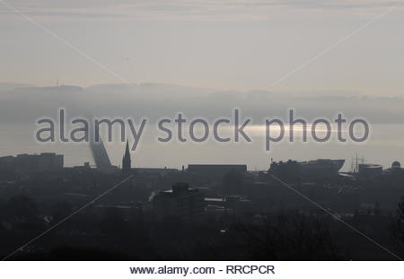 Tay Road Bridge and V&A design Museum with fog Dundee Scotland  February 2019 - Stock Image