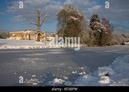 frozen River Wey & Waverley Manor, Farnham, Surrey - Stock Image