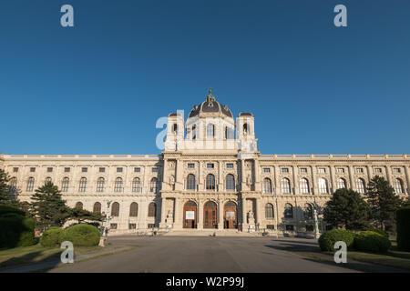 Exterior facade detail of Kunsthistorisches Museum (Museum of Art History), Maria-Theresien-Platz, Vienna, Austria - Stock Image