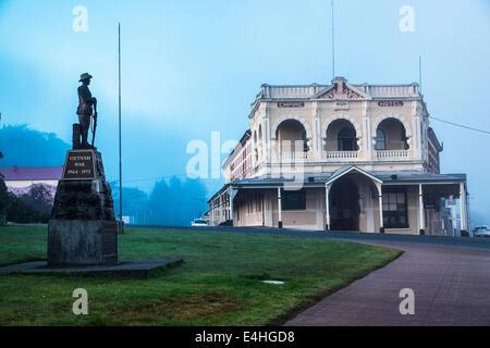 Empire Hotel and war memorial at dawn Queenstown Tasmania - Stock Image