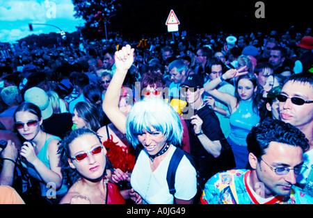 Berlin Love Parade raver crowd - Stock Image