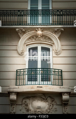 Building facade, Saint Malo, Brittany, France, Europe. - Stock Image