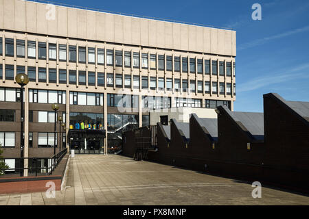 Coventry University Graham Sutherland building for the Faculty of Arts and Humanities on Gosford Street in Coventry city centre UK - Stock Image