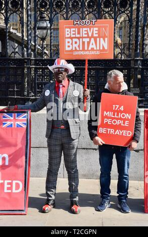 London, UK. 1st Apr 2019. Pro and Anti Brexit Protests, Houses of Parliament, Westminster, London. UK Credit: michael melia/Alamy Live News - Stock Image