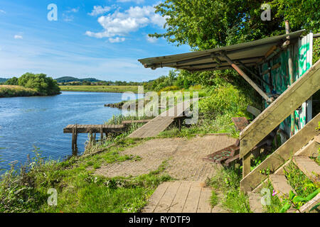Fishing shelter on the bank of the river Forth at Stirling, Stirlingshire, Scotland, UK - Stock Image