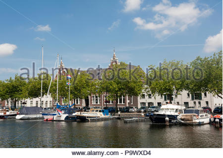 Vlaardingen The Netherlands Boats moored in the Oude Haven, Old Harbour. - Stock Image
