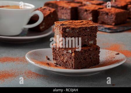 Avocado wallnut brownies - Stock Image