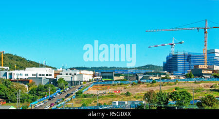 Construction and building redevolepment work on Gosford Hospital and New car parking facilities. Gosford, New South Wales, Australia. April 23, 2017.  - Stock Image