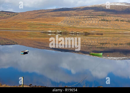 A quiet early morning on the tranquil Spey Dam in Glen Sherro near Laggan, Newtonmore Strathspey Inverness-shire.  Scotland.UK. - Stock Image