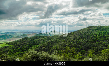 Landscape on the way from Ifrane to Azrou - Stock Image