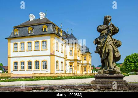 The summer palace of the Würzburg Prince-Bishops, built in 1680/82, was enlarged in 1753 by Balthasar Neumann. - Stock Image