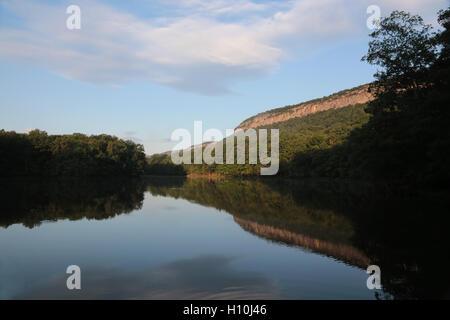 Morning reflection on lake, New Paltz, NY, USA - Stock Image