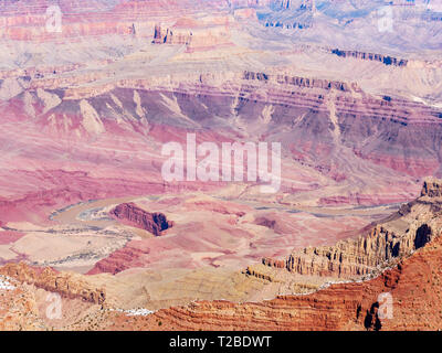 The Great Unconformity (top left) between the tilted Grand Canyon Supergroup and overlying Tonto Group at Apollo Temple, viewed from Lipan Point. - Stock Image
