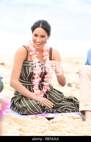 Prince Harry The Duke of Sussex with Meghan, Duchess of Sussex visits Bondi Beach on October 19, 2018 in Sydney, Australia. The Duke and Duchess of Sussex are on their official 16-day Autumn tour visiting cities in Australia, Fiji, Tonga and New Zealand - Stock Image