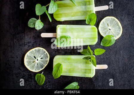 Popsicles made of healthy ingredients - Stock Image