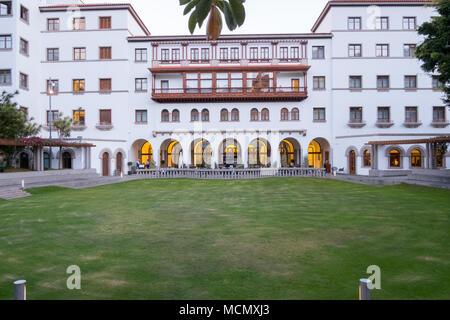 Santa Cruz de Tenerife; the garden and rear area of the Iberiostar Hotel. - Stock Image
