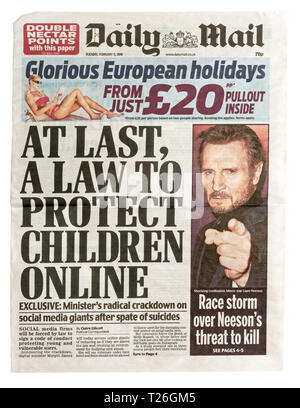 The front page of the Daily Mail from 5th Feb 2019 with the headline 'At Last A Law to Protect Children Online' - Stock Image