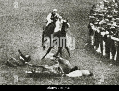 On 8 June 1913, Emily Wilding Davison became a symbol of women's emancipation when she died of her injuries after throwing herself under King George V's horse at the Epsom racecourse four days earlier.  Scanned from image material in the archives of Press Portrait Service - (formerly Press Portrait Bureau). - Stock Image