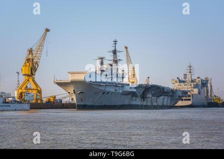 INS Virat / HMS Hermes, Mumbai, India - Stock Image