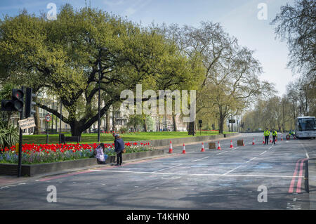 An empty Park Lane closed to traffic for the Extinction Rebellion demonstration at Marble Arch - Stock Image