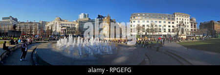 Piccadilly Gardens Manchester, panorama, fountains and architecture, wide image, Lancashire, England, UK - Stock Image