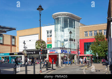 High Street, Uxbridge, London Borough of Hillingdon, Greater London, England, United Kingdom - Stock Image