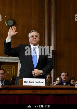U.S. Acting Secretary of the Interior David Bernhardt is sworn in before testifying in the Senate Energy and Natural Resources Committee hearing at the U.S. Capitol March 28, 2019 in Washington, DC - Stock Image