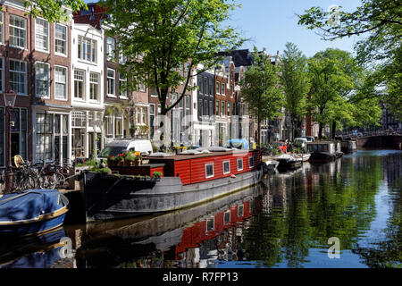 Boats on the Bloemgracht canal in Amsterdam, Netherlands - Stock Image