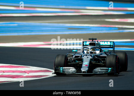 Marseille, France. 21st June 2019, Circuit Automobile Paul Ricard, Le Castellet, Marseille, France ; FIA Formula 1 Grand Prix of France, practise sessions; Lewis Hamilton of the Mercedes Team in action during free practice 1 Credit: Action Plus Sports Images/Alamy Live News - Stock Image