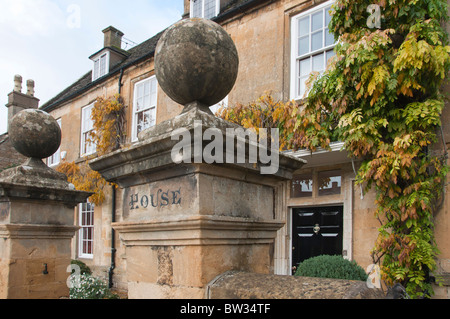 Cotswold house in Broadway. - Stock Image