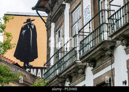 Sandemann wall painting,  Porto, Portugal - Stock Image