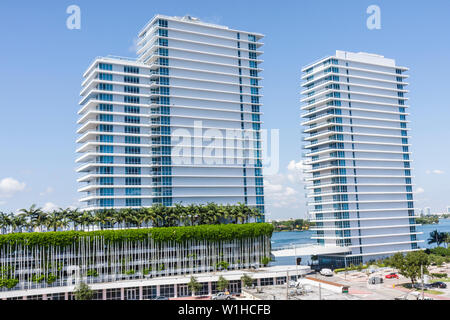 Miami Beach Florida luxury Bentley Bay South Condo condominium real estate building high-rise Arquitectonica architecture landsc - Stock Image