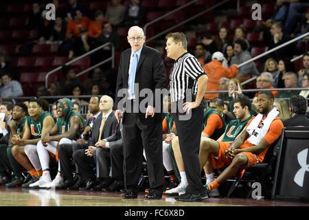 Chestnut Hill, Massachusetts, USA. 20th January, 2016. Miami (Fl) Hurricanes head coach Jim Larranaga talks to a - Stock Image