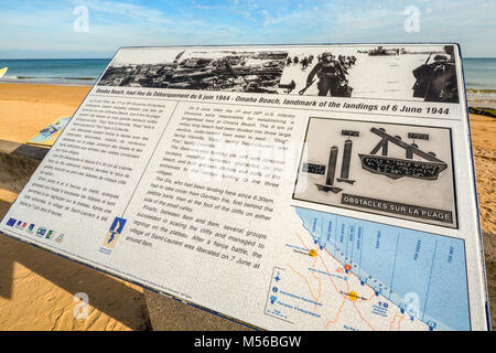 A sign or placard dedicated to the soldiers who lost their lives on the 1944 D Day invasion on Omaha Beach, Normandy - Stock Image