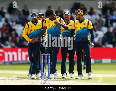 Emerald Headingley, Leeds, Yorkshire, UK. 21st June, 2019. ICC World Cup Cricket, England versus Sri Lanka; Isuru Udana of Sri Lanka celebrates with his team mates after catching England captain Eoin Morgan off his own bowling to bring England to 73-3 Credit: Action Plus Sports/Alamy Live News - Stock Image