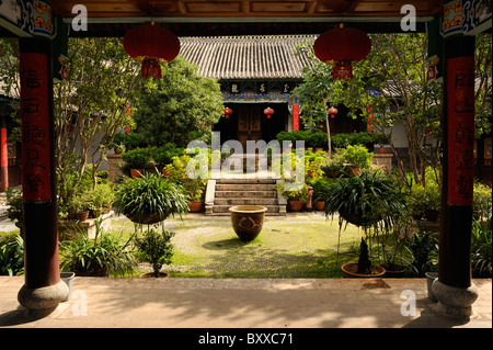 Temple, Black Dragon Pool Park, Lijiang, China - Stock Image