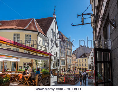 Tallinn old town, street view - Stock Image