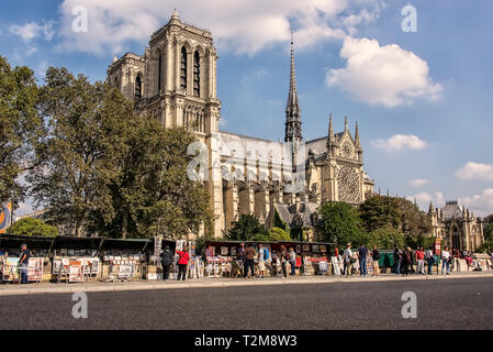 Painting for sales near the Cathedral Notre-Dame in Paris - Stock Image