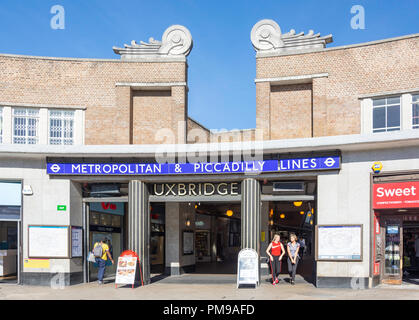 Uxbridge Underground Station, High Street, Uxbridge, London Borough of Hillington, Greater London, England, United Kingdom - Stock Image