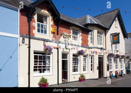 The Bold Arms in Church Street, Beaumaris, Anglesey, Wales - Stock Image