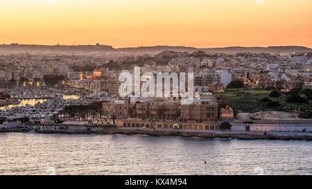 Malta: Il-Gzira and Marsans Harbour - Stock Image