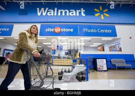 A woman shops inside a Walmart Supercenter in Arkansas, U.S.A. - Stock Image