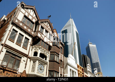 Old and new buildings in downtown Perth, Westaustralia - Stock Image