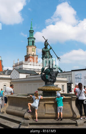 Neptune Fountain, view of the Neptune Fountain (Fontanna Neptuno) in the south west corner of the Market Square in Poznan Old Town, Poland. - Stock Image